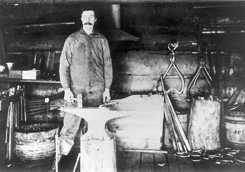 L-blacksmith